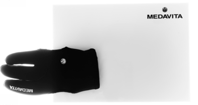 Handschuh und Blondierplatte